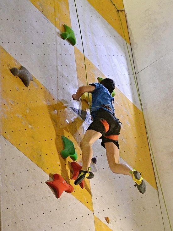 Hranický horolezec Čeněk Babača je mistrem republiky v lezení na rychlost.
