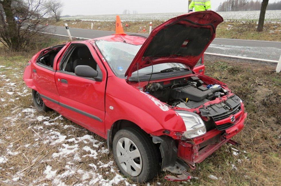 Smrtelná nehoda mezi Horními Těšicemi a Ústím se stala ve čtvrtek 20. prosince.