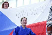 Bronzová medailistka z Mistrovství Evropy Masters Veronika Sigmundová se svými fanoušky v chorvatské Poreči.
