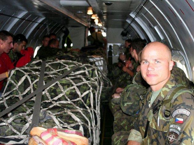 Záložní rota se vrací z Kosova.