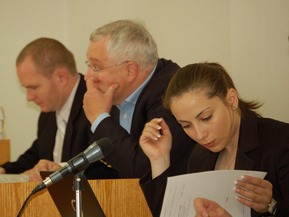 U okresního soudu v Přerově pokračovalo středu 14. května v 8 hodin ráno hlavní líčení se dvěma obžalovanými Romanem Vaškůjem a Petrem Šmiřákem.