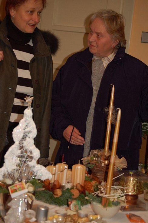 Druhý ročník vánoční výstavy připravila obec Pavlovice u Přerova ve spolupráci s místní knihovnou, která v letošním roce získala od ministra kultury cenu Nejlepší knihovna.