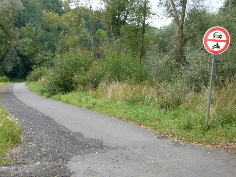 Cyklostezka v Hranicích.