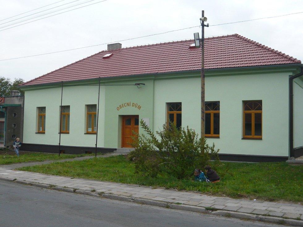 Obecní úřad ve Valšovicích.