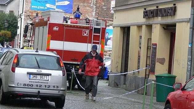 Dům v Jiráskově ulici, ve kterém policisté odhalili pěstírnu konopí