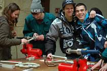 Strojírenské obory se prezentovaly na projektovém dni ve dvoraně hranického zámku