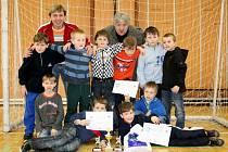 Posledního halového turnaje sezony se zúčastnili nejmenší fotbalisté hranického SK.