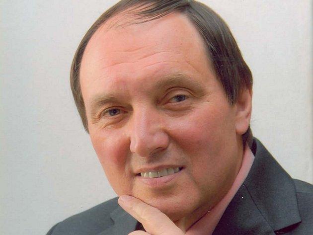 Josef Nekl míní, že v listopadu roku 1989 došlo k mocenskému převratu.