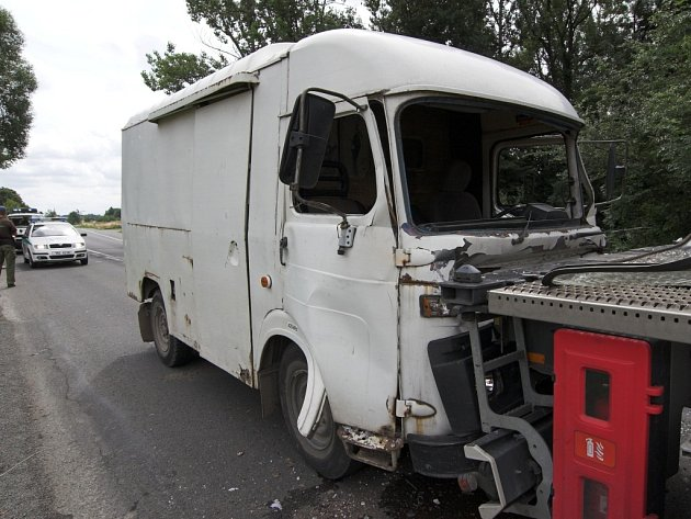 Nehodu způsobila technická závada.