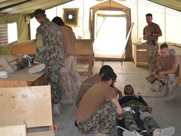 Takto vypadá činnost 1. jednotky vojenského poradního týmu v Afghánistánu