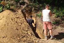 Po třídenních pracích odkryli archeologové spraš z poslední doby ledové, tedy z období zhruba 30 až 12 tisíc let před naším letopočtem. Pozůstatky lidské činnosti se ale nepodařilo doložit.