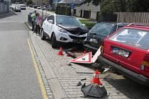 Nehoda v pondělí 27. května na křižovatce mezi Komenského a Svatoplukovou ulicí v Hranicích.