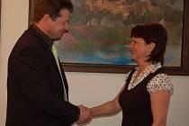Naděžda Jačková uvedla v lednu do funkce ředitele technických služeb Radka Koněvalíka .