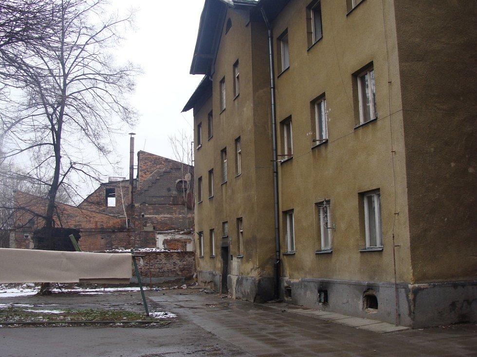 9. Ulice Kojetínská, Husova a Škodova