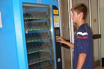 Automaty na mléčné výrobky a jogurty se nacházejí v řadě škol na Přerovsku.