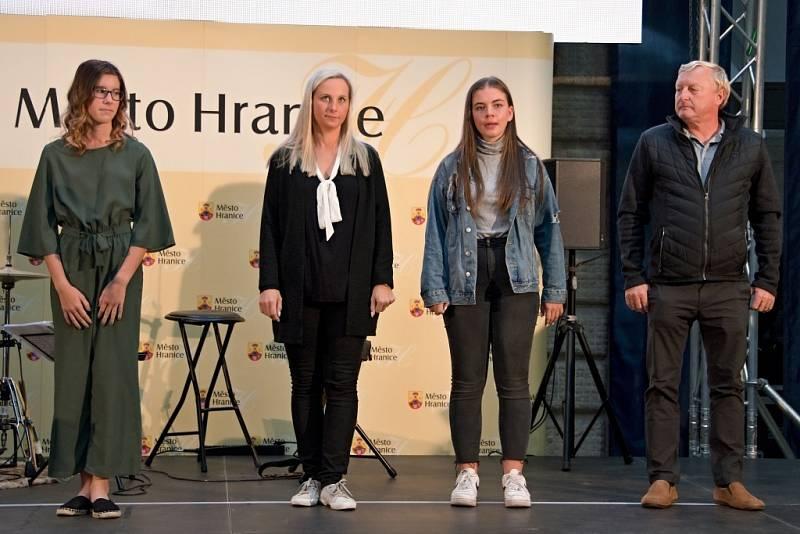 Vyhlášení nejlepších sportovců města Hranice za rok 2020 ve dvoraně zámku, úterý 21. září 2021.