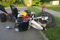 Srážka auta s motorkou v Malhoticích