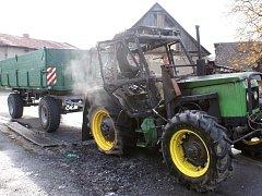 Stroj začal hořet zřejmě kvůli technické závadě.