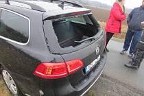 Následky nehody na železničním přejezdu u Polomi