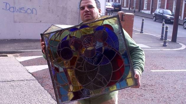Hranický výtvarník Tibor Červeňák tvoří i vitráže.