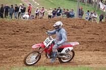 Na přerovskou rokli se sjelo téměř 150 motokrosařů, kteří závodili v osmi kategoriích.