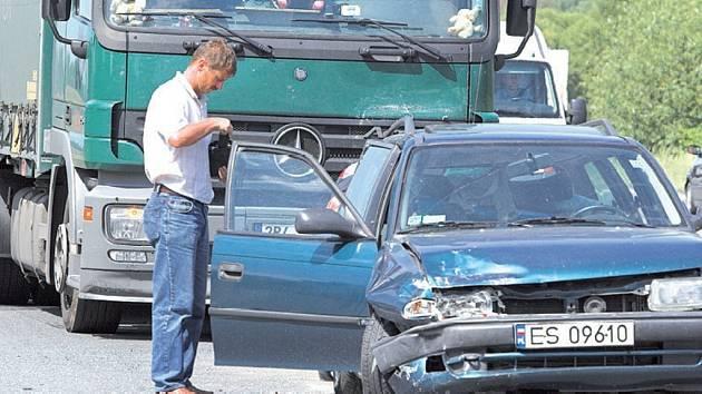 Nehodu zavinila nepozornost.
