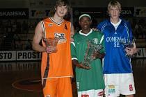 Kapitáni tří zahraničních účastníků loňského Prostějov Open 2006 po vyhlášení výsledků.