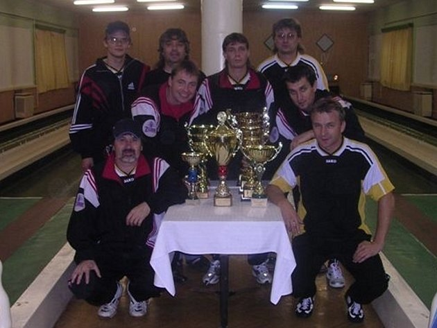 Přerovští kuželkáři obsadili na mezinárodním turnaji v Maďarsku stříbrnou pozici.