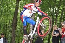 Biketrialista Adam Procházka