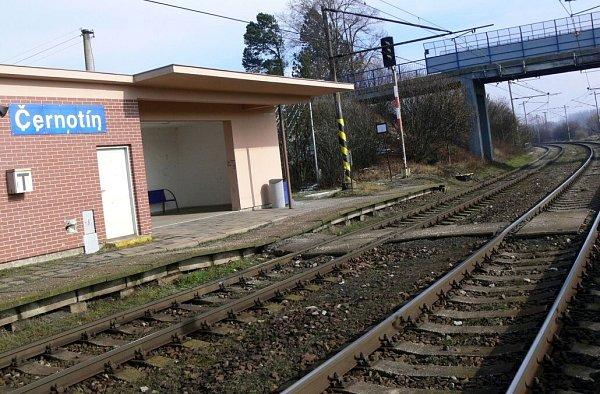 Vlaková zastávka vČernotíně