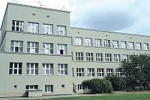 Historicky největší opravy školy právě finišují.
