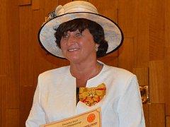 Marta Pavelková převzala ocenění v pátek 23. září v Poslanecké sněmovně, doprovázela ji i rodina.