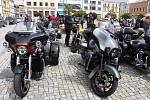 Motorkáři se sjeli na hranické náměstí na motomši