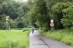 Bečva u cyklostezky Bečva a v zahrádkářské kolonii v neděli 21. června v 16.45 hodin.
