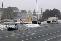Křižovatka mezi třídou Čs. armády a ulicí Kpt. Jaroše je pro chodce jedna z nerizikovějších v Hranicích