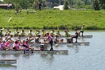 O víkendu se na řece Bečvě v Hranicích uskutečnil pátý ročník festivalu dračích lodí Hranice Dragons 2012. Závodů se zúčastnily posádky z celé Moravy.