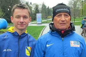 Rostislav Kolář se svým chodeckým trenérem Petrem Brandejským