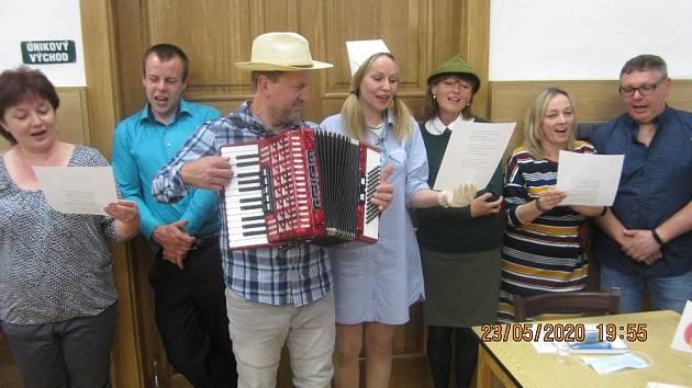 Vstupní prohlídka u příležitosti oslav 50 let místostarosty obce Zbyňka Kamase.