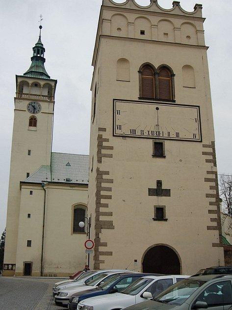 Zvonice kostela sv. Jakuba v Lipníku nad Bečvou.