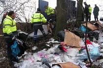 Odpad zaplavil biokoridor Hloučela.
