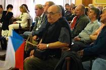 Obyvatelé Žeravic na jednání přerovského zastupitelstva.