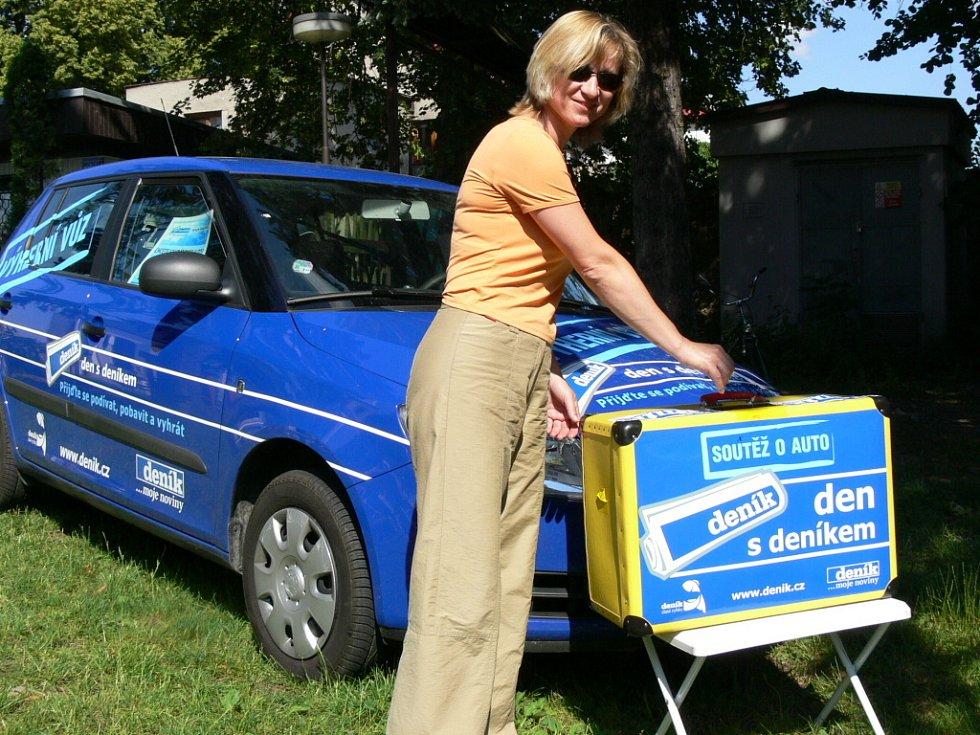 Auto by ráda vyhrála nejen starostka Hustopeč nad Bečvou Júlia Vozáková...