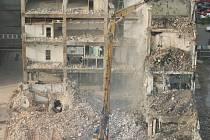 V hranickém sběrném dvoře se bude za stavební suť platit.