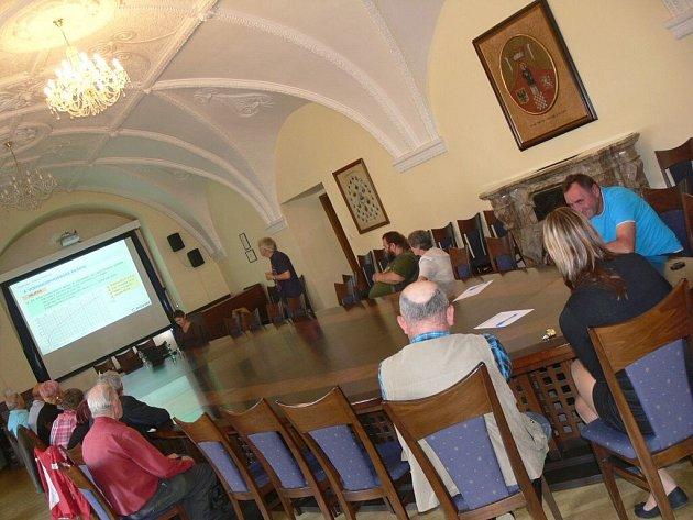 Zájemci se v Hranicích seznámili s navrženou ochranou proti povodním