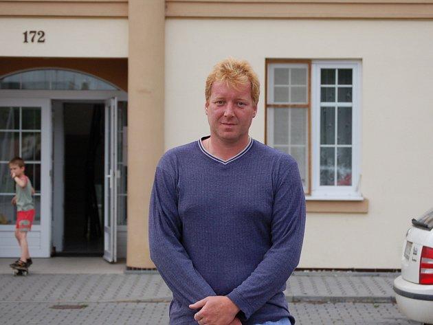 Pavel Janků je z celé situace nešťastný. Zavařil si ale tím, že si loni nepodal oficiální žádost o prodloužení nájemní smlouvy. Obci tím dal do ruky bič.