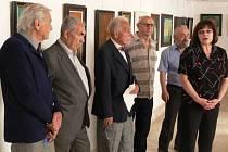 Autory skupiny A7 představila při zahájení výstavy ředitelka hranického muzea Hana Svobodová.