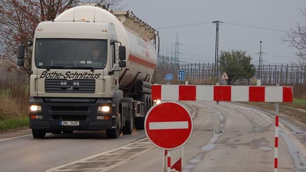 Se ztíženou dopravní situací se potýkají kvůli opravám na silnici I/47 řidiči projíždějící mezi Přerovem a Lipníkem nad Bečvou.