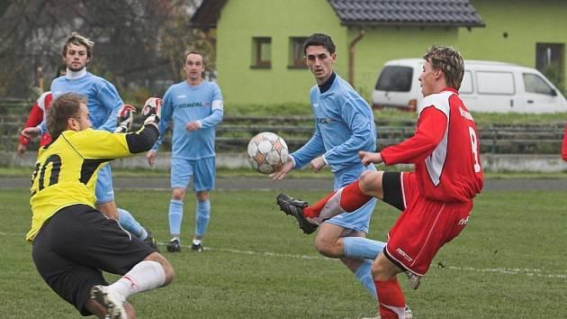 Fotbalisté SK Hranice ztratili se Vsetínem body.