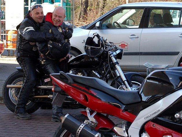 Motorkáři s Přerova a Hranic odstartovali sezonu.