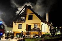 Tragický požár podkroví rodinného domu v Ústí na Hranicku